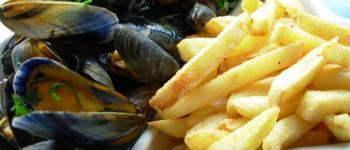 Fête de Kervel. Moules/frites et feu d\artifice Plonévez-Porzay