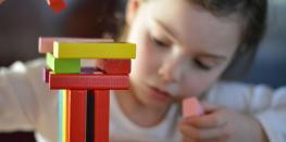 Atelier d'éveil pour les tout-petits d'inspiration Montessori Saint-Lunaire