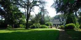 Château de Bagatelle : visite (parc, jardin à la française, chapelle) et dédicace. Saint-Martin-des-Champs